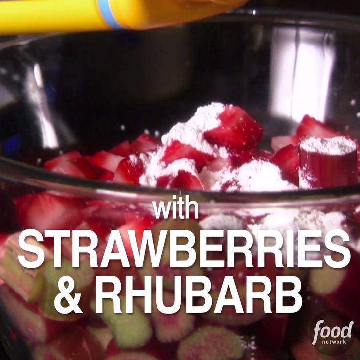 Strawberry Rhubarb Crumble is a guaranteed crowd-pleaser. (Serves 4)