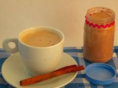 COMO FAZER PÓ PARA CAPUCCINO EM CASA Ingredientes 1 xícara (de chá) de leite em pó instantâneo 5 colheres (de chá) de café solúvel 2 colheres (de sopa) de chocolate em pó 4 colheres (de sopa) de açúcar 1 colher (de chá) de canela em pó 1 colher (de chá) de bicarbonato de sódio Modo…