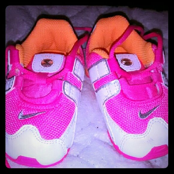 Toddler girl nike shox Toddler girl nike shox nz  size 5c  only worn one or twice so still in new like condition they have a small scruff on front one of them but still new like condition they are pink,white and orange color really cute .SOLD on another site nike shox  Shoes