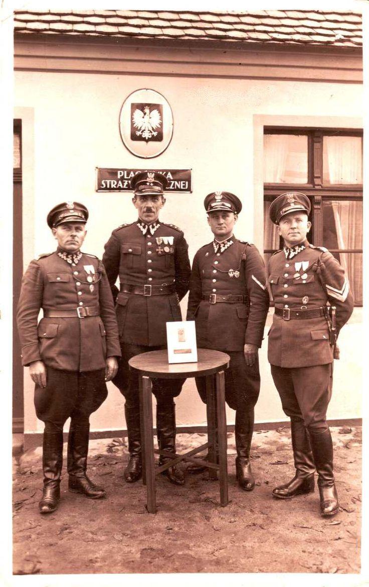 Polish border guards, pin by Paolo Marzioli