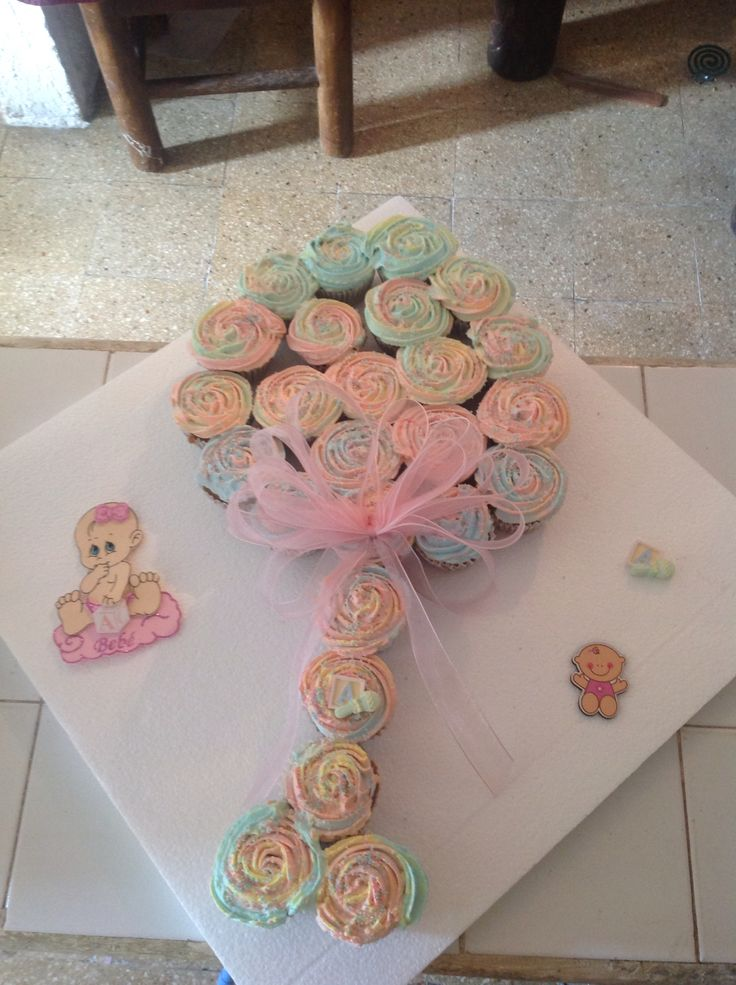 Pull apart cupcake rattle for baby shower