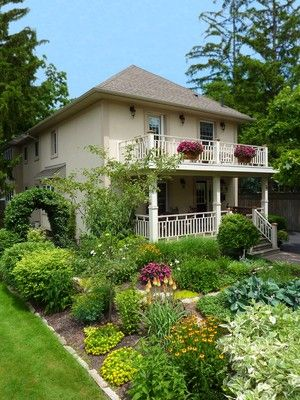 WINE COUNTRY BED & BREAKFAST a Bed and Breakfast in Niagara-on-the-Lake.   It is a perfect package, beautiful rooms and superb breakfast.  Karen and Joe, Toronto, ON