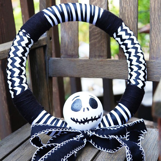 Couronne de Jack Skellington                                                                                                                                                                                 Plus