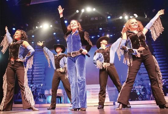 4 Reasons the Country Tonite Show in Pigeon Forge TN is Perfect for Families with Kids