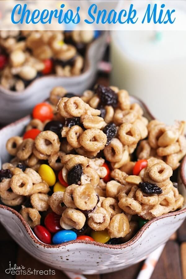 Cheerios Snack Mix ~ Easy, Sweet & Delicious Snack Mix Stuffed with Cheerios, Peanuts, Raisins & M&M's! (Spicy Chex Mix)
