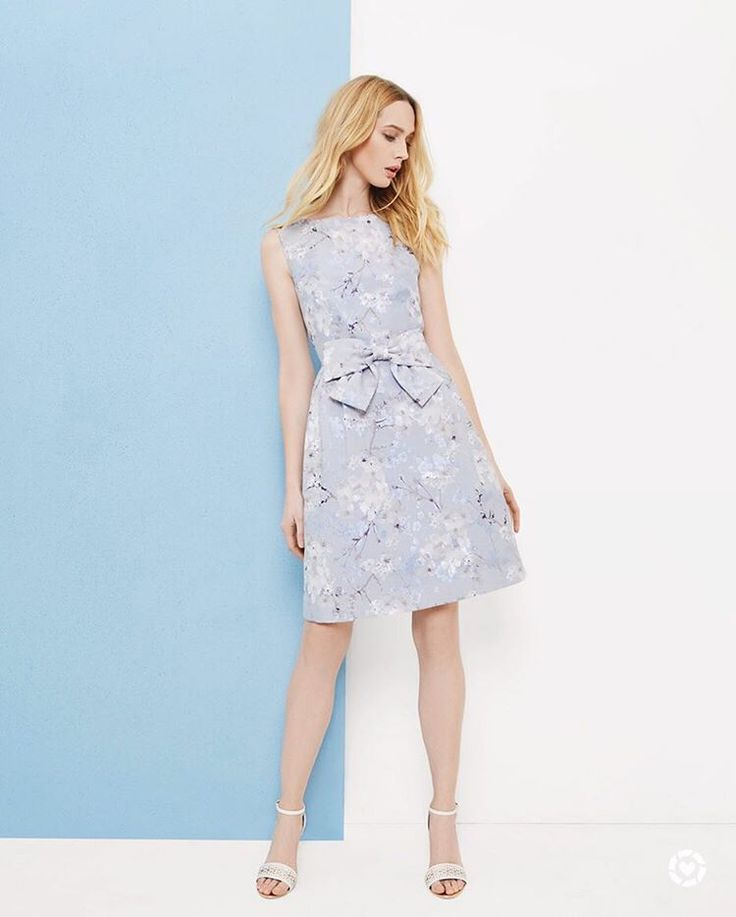 Ted Baker dresses are on sale for 33% OFF at Nordstrom's Half-Yearly Sale! 👗  Shop this pic via screenshot with the new LIKEtoKNOW.it app 👗 http://liketk.it/2ruoq 😍😍😍 #tedbaker #nordstrom #nordstromsale #nordstromhalfyearlysale #dress #sale @liketoknow.it #liketkit