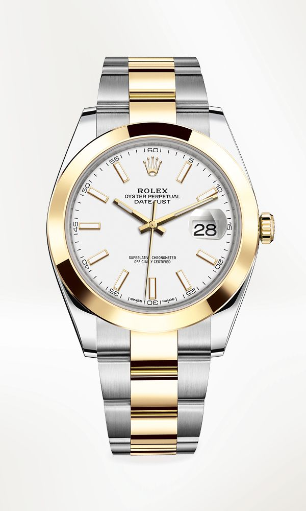 The new Datejust 41 Rolesor in 904L steel and 18 ct yellow gold, with a smooth bezel, white dial and Oyster bracelet.