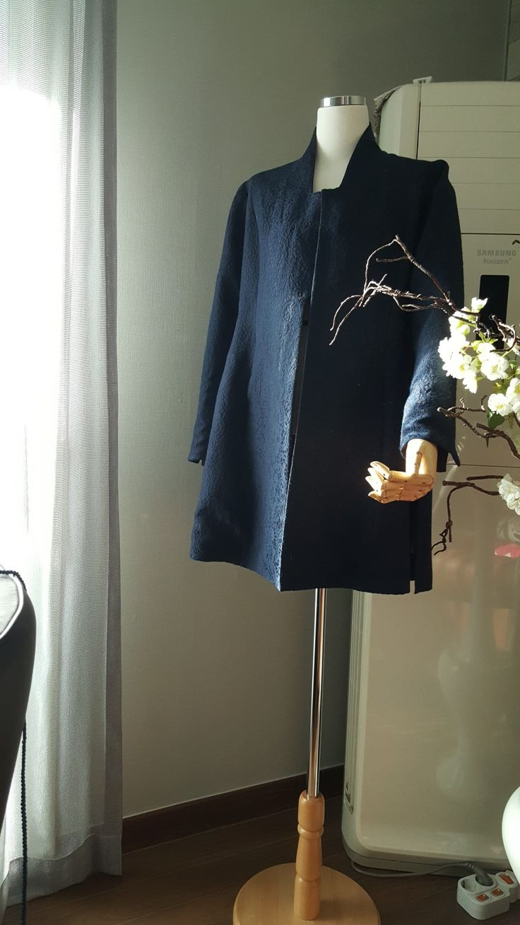 Coat 더그래 .. 출토유물 더그래 를  현대여성에게 어울리는 핏으로재해석한 modern hanbok