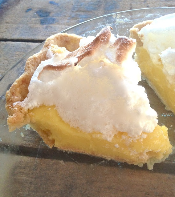 Lemon-Marshmallow Meringue Pie recipe! | recipes | Pinterest