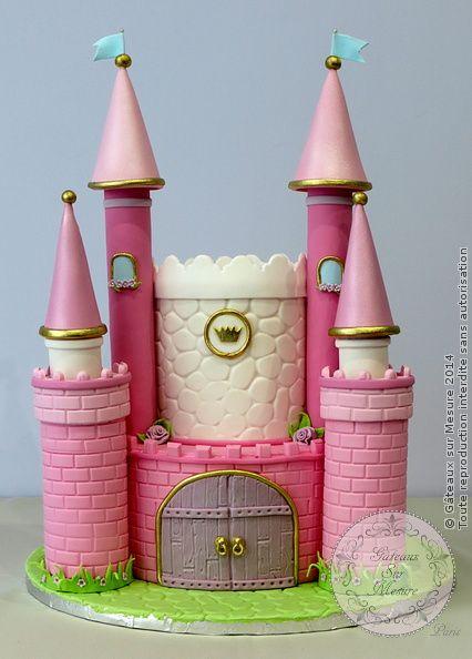 chateau de princesse from gateaux sur mesure paris. Black Bedroom Furniture Sets. Home Design Ideas