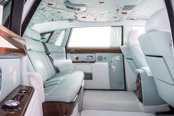 The 10 most luxurious car interiors in the world.