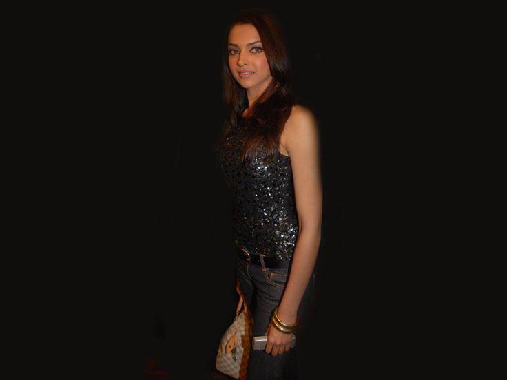 Deepika Padukone Hot Age Image Gallery Film Fanz