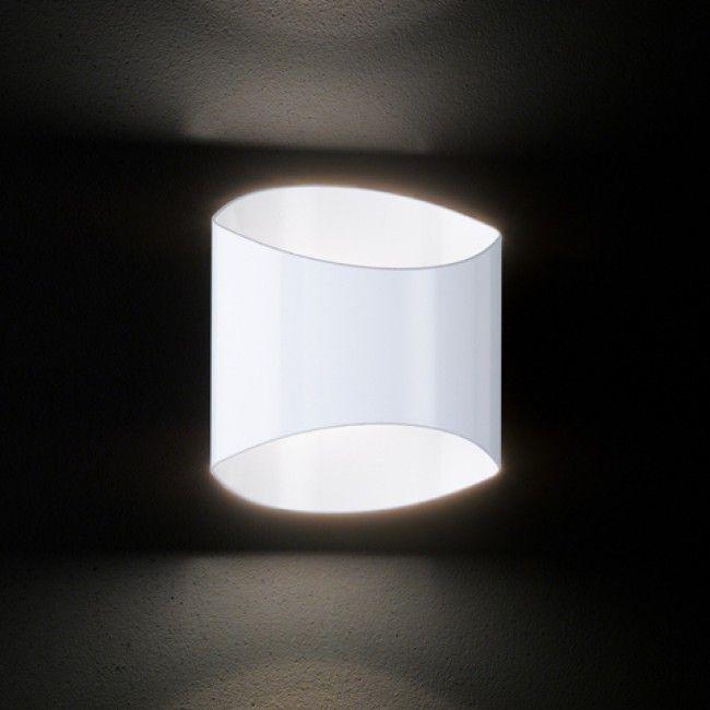 die besten 25 wandleuchte treppenhaus ideen auf pinterest led beleuchtung wohnzimmer. Black Bedroom Furniture Sets. Home Design Ideas