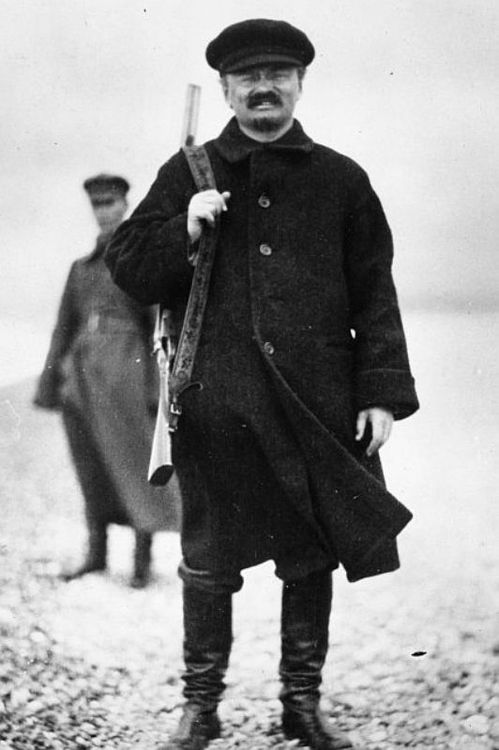 "Leon Trotsky during a hunt in the Caucasus, 1924. reminds me of some of the Tea Party R's lately ... ""out hunting"" photos ... hmmmmm"