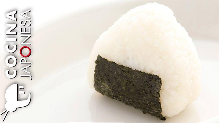 http://www.cocinajaponesa.tv/recetas-japonesas-como-preparar-onigiri-taka-sasaki/ Recetas japonesas: Como preparar Onigiri / Cocina Japonesa con Taka Sasaki