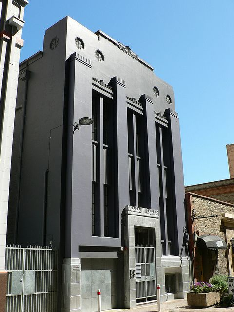Art Deco Architecture: Gilbert Place Apartments-- Adelaide, Australia (by dct66, via Flickr)