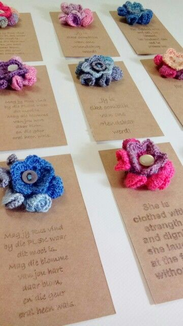 Double flower brooches