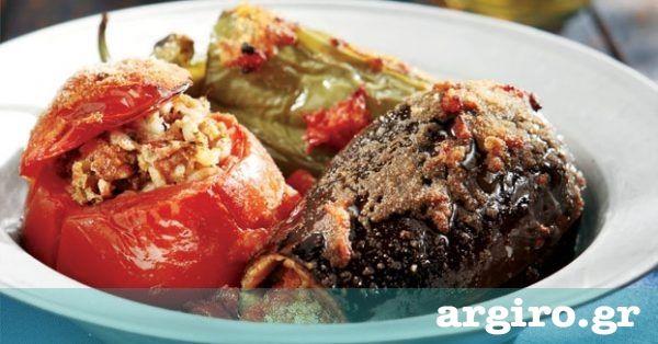 Γεμιστά με κιμά από την Αργυρώ Μπαρμπαρίγου | Από τα πιο ωραία ελληνικά φαγητά του καλοκαιριού. Φτιάξτε τη συγκεκριμένη συνταγή και θα με θυμηθείτε!