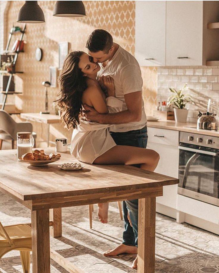 Идеи фотосессии для мужчин на кухне фото