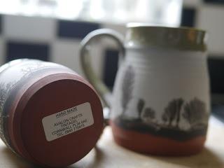 2012.11.15 アーサー王ゆかりの地からやってきたマグカップ。