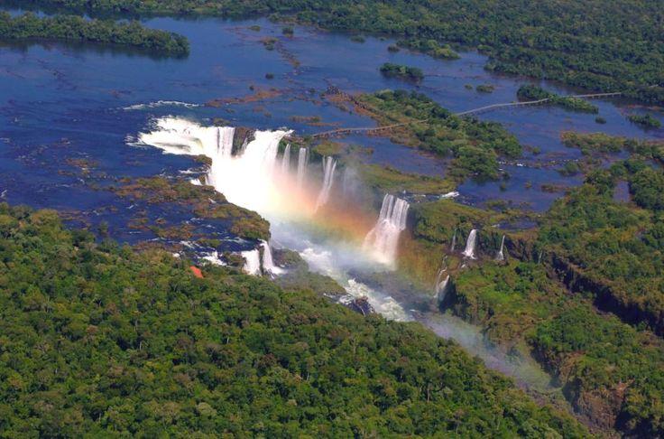 Cataratas del Iguazú. Más info de viajes por Argentina en www.facebook.com/viajaportupais