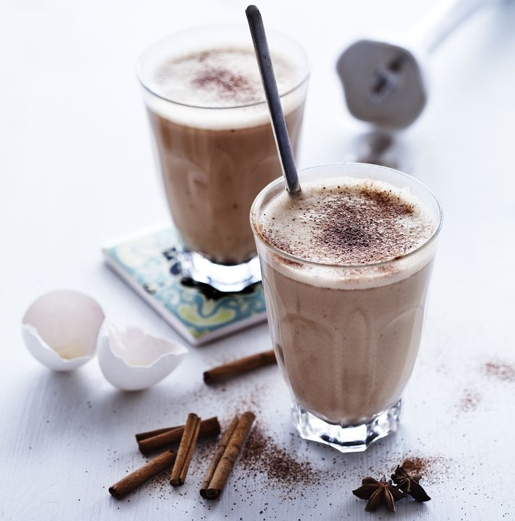 Are you in a hurry in the morning and want to try a new LCHF breakfast? Then this may be something for you. Today we have two great LCHF recipes, a super smoothie and a dairy-free latte: Super Smoothie Are you in a hurry in the morning? Then a smoothie may be a great option. It's …