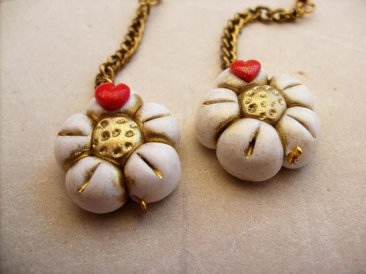 Orecchini fiori dorati thun, by Violas Fruit Fimo Bijoux, 8,00 € su misshobby.com