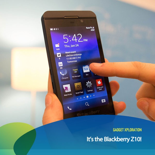 """Apa 3 fitur andalan dari Blackberry 10? 1) Berpindah aplikasi dengan lancar seperti sebuah """"arus""""!  2) Time Machine Camera 3) Smart Virtual Keyboard"""