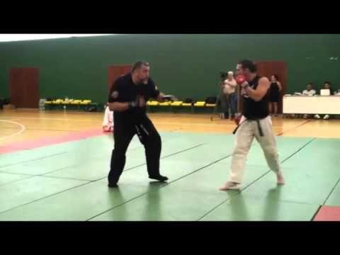 Kyokushin y Defensa Personal - YouTube