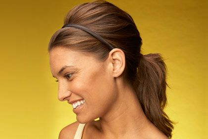 17 Hairstyles that take less than 10 minutes. AKA mom hair, great for when you have no time...