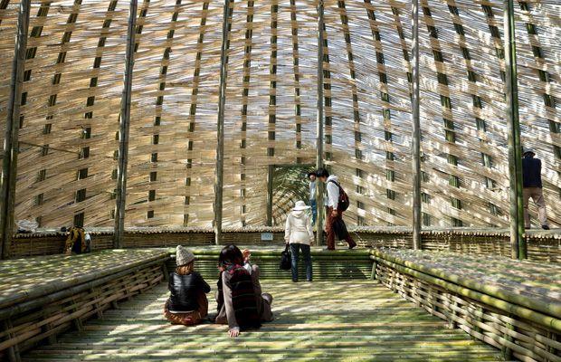 アート作品の中で寝転んでみる。瀬戸内国際芸術祭・小豆島の大きな竹のドーム『オリーブの夢』 Page 2 香川県 小豆郡土庄町 「colocal…