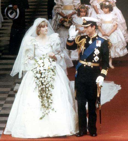 Princess Dianas Dress Designer Turns To Crowdfunding Royal