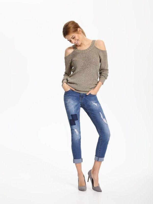 Γυναικείο έξωμο πουλόβερ TOP SECRET €18,95    * Για αγορά online κλικ πάνω στην εικονα