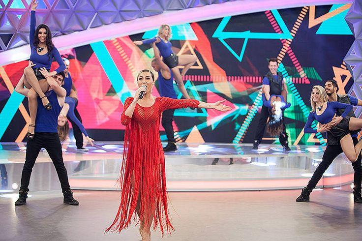 Gostou do look de Sabrina Sato? Saiba como usá-lo e mais dicas de moda http://r7.com/o4CF  (Foto: Edu Moraes/Rede Record)