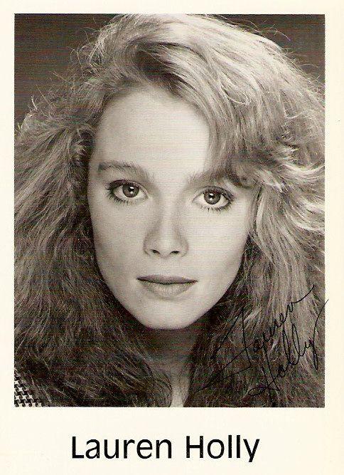 Celebrity Autographs -- Lauren Holly