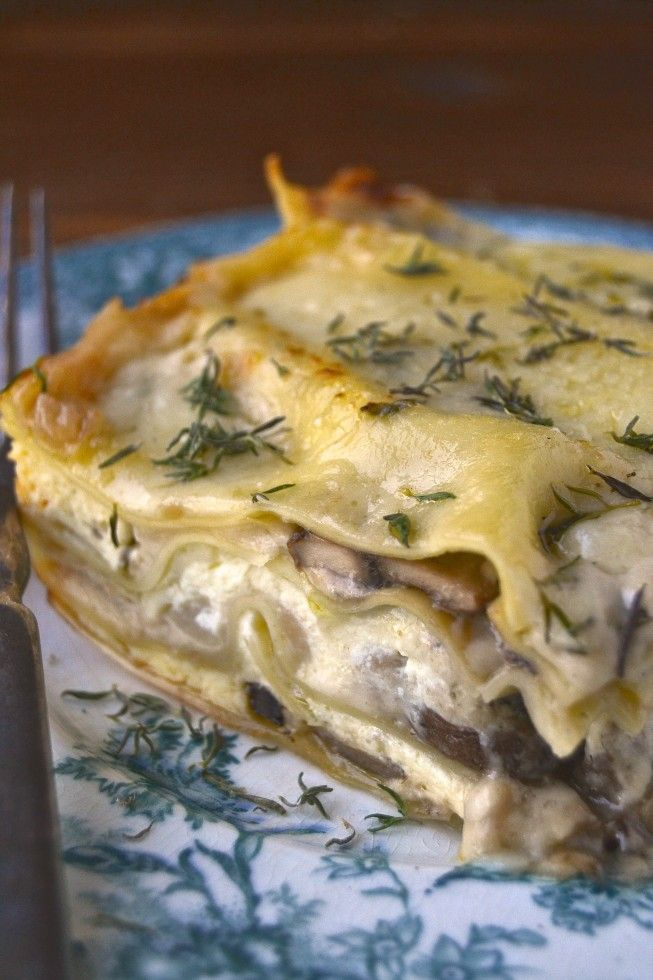 We went CRAZY for this white mushroom lasagna, and it's a good thing we did, because this recipe makes tons. We've eaten it for three days straight and we're still not sick of it. It's a rich, comforting, cheesy lasagna infused with fall flavors like mushroom, shallot, thyme, Gruyere and Marsala. It's all woodsy meets creamy white, and it's very luscious.