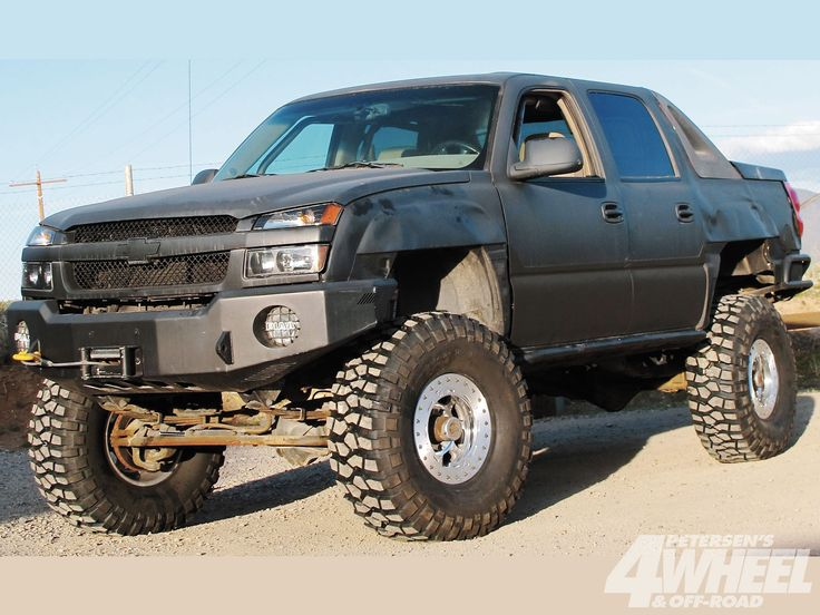 Chevy Avalanche Off Road Bumpers http://www.4wheeloffroad.com/techarticles/body/131_1207_how_to_build_a_tube_bumper/photo_02.html