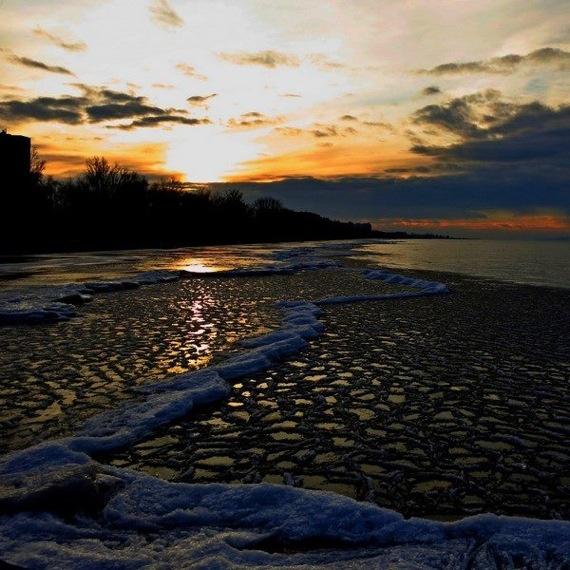 Lake Balaton is about to freeze (by Siofok)