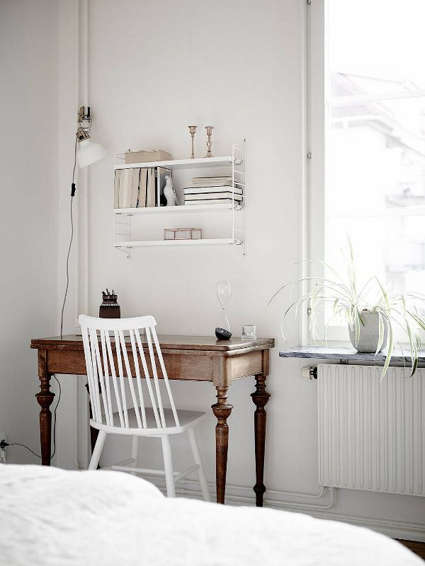 25+ best ideas about Small desk bedroom on Pinterest | Small desk ...