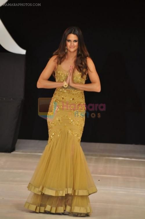 Paraguayan model and Olympian athlete Leryn Franco for Indian Designer http://www.Rocky-S.com/ @ IRFW 2012 ~ Hamara Photos