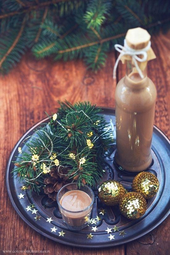 Likier bożonarodzeniowy - Gotuję, bo lubię