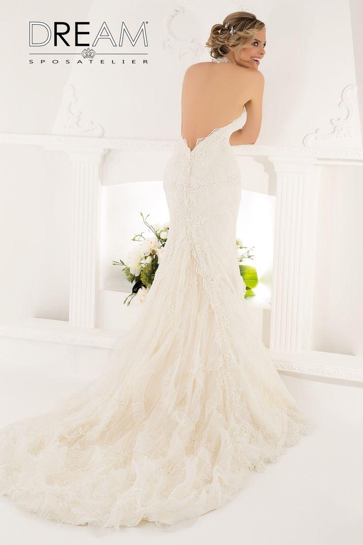 """DREAM SPOSA ATELIER Abito da sposa a sirena  in pizzo """"Mod. DIVINA """" Bridal dress mermaid in lace """"Mod. DIVINA"""" #dreamsposa #dreamsposaatelier #abitidasposaroma #mermaid #abitidasposa #bridaldresses #wedding #bridaldesign #hautecouture #fashion #moda #altamoda #abitidasposaesclusivi #modasposa #nonsolomoda #catwalk #paris #london #milano #newyork #vestitidasposa #vestitidasposaroma"""