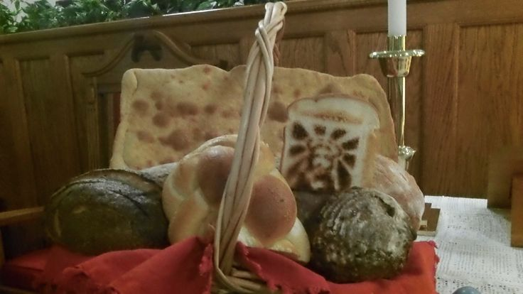 Jesus as the bread of life for world communion sunday for Altar decoration for first holy communion