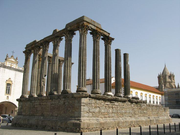 Templo de Diana, Évora, Portugal Cycling