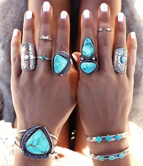 Boho Aztec Armour Festival Style, Bohemian silver rings with turquoise stones http://www.justtrendygirls.com/bohemian-silver-rings-with-turquoise-stones/