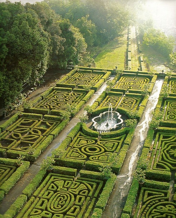 Pattern Inspiration!  Maze Gardens at Ruspoli Castle Northern Lazio, Italy