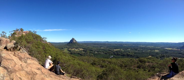 Views of the Glasshouse Mountains from the top of Mt Ngun Ngun