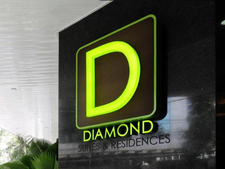 Diamond Suites & Residences  Diamond Suites & Residences en Ceb (Filipinas)  Hotel Ranking : 7.6  El Diamond Suites & Residences es una eleccin popular entre los viajeros en Ceb ya sea que se encuentren de paso o deseen recorrerla. El hotel dispone de todo lo que necesitas para disfrutar de una confortable estancia. Aprovecha las ventajas de las Wi-Fi gratis en las habitaciones servicio de recepcin 24h acceso para discapacitados consigna de equipajes Wi-Fi en zonas comunes del hotel. Todas…