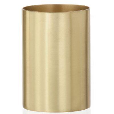 Brass Cup fra Ferm Living. En flott holder for oppbevaring i eksempelvis kontoret, gangen eller bade...