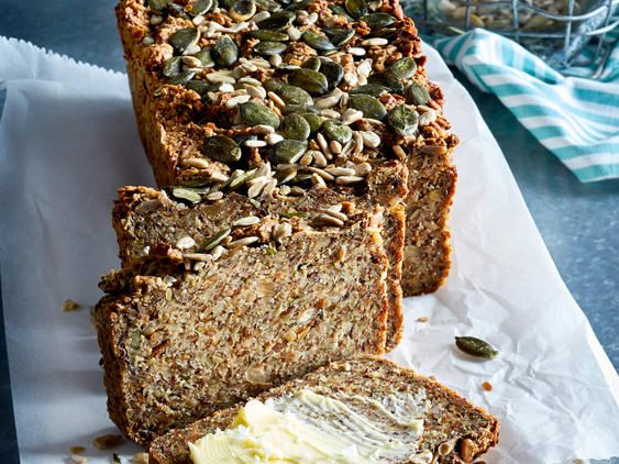 Low Carb-Brot backen – so einfach geht's   LECKER